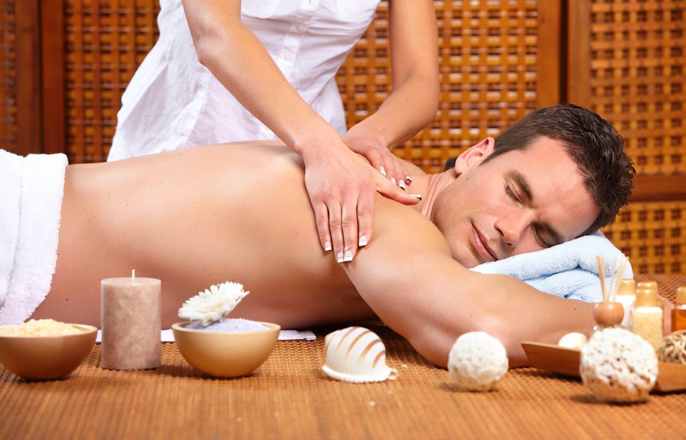 học massage bấm huyệt chỉ với 2.500.000 đ